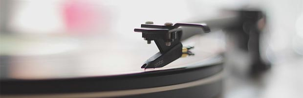 How to choose wedding reception music