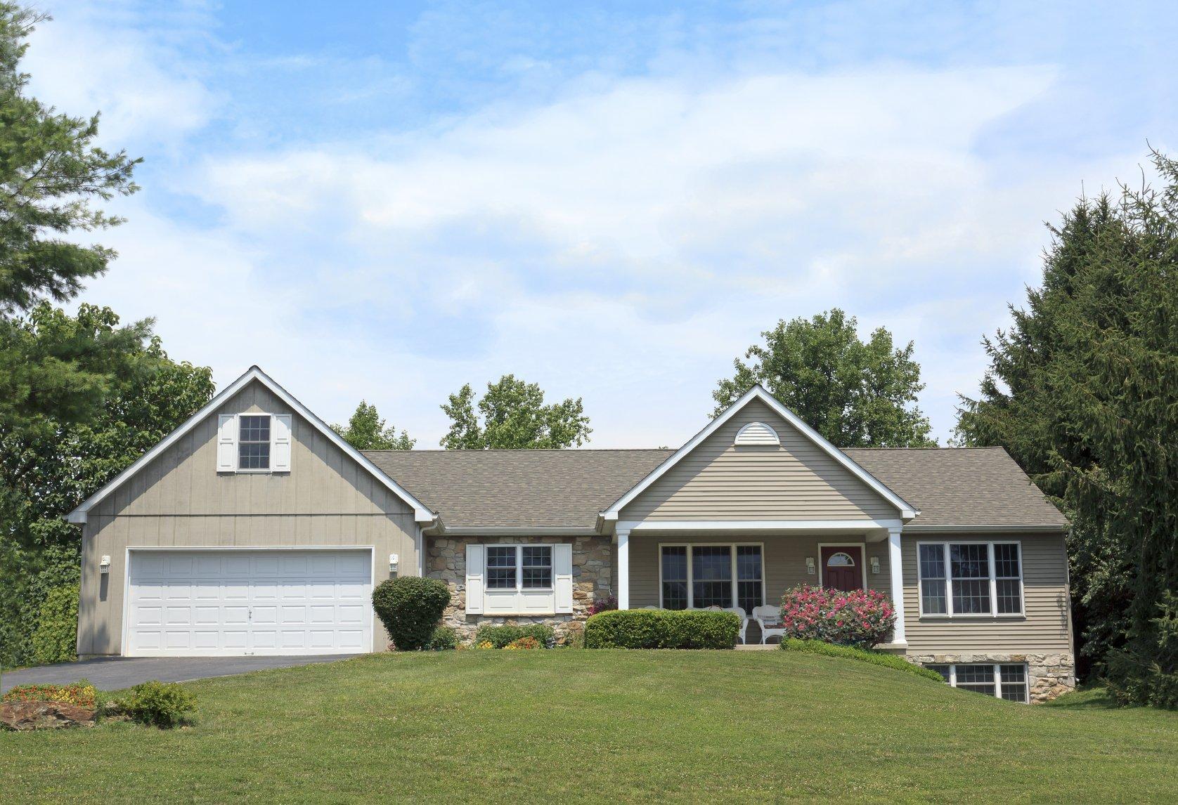 House roof, Burlington, Oakville