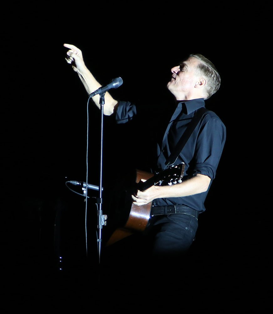 Bryan Adams @ Plymouth Pavilions 8th September 2014 - www.leapimages.co.uk