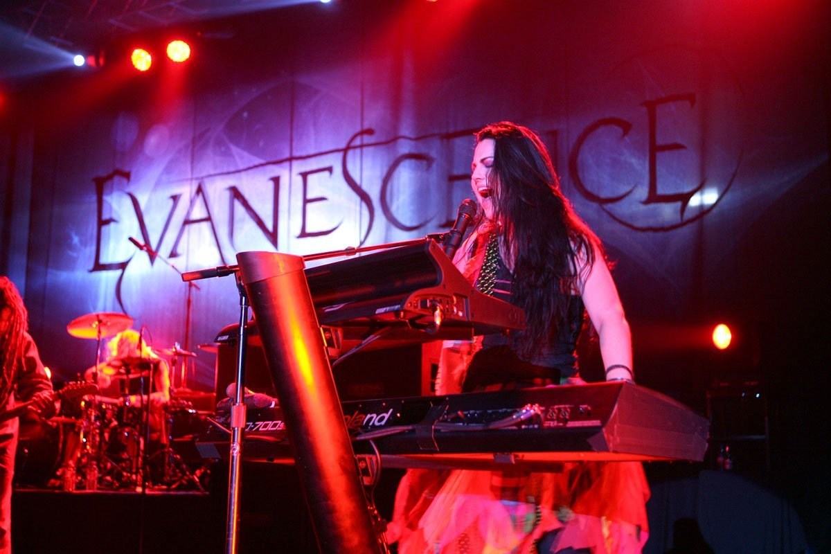 Evanescence @ Plymouth Pavilions 2011 www.leapimages.co.uk