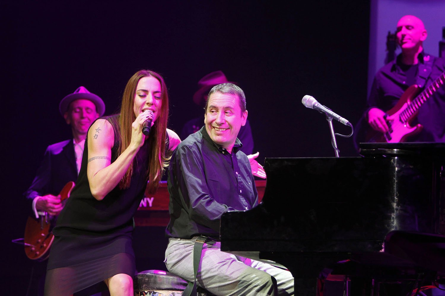 Jools Holland with Mel C @ Plymouth Pavilions 20th December 2013 - www.leapimages.co.uk