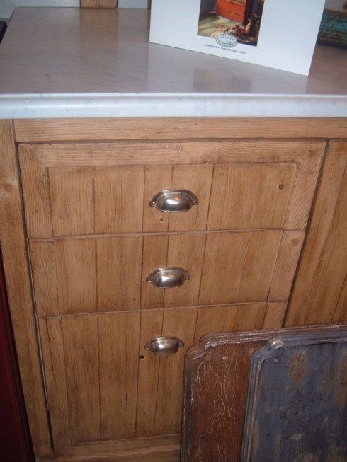 Cassettiera in legno per cucina