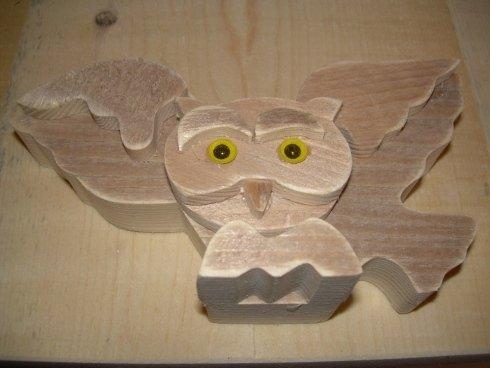 Creazione di decorazioni in legno e complementi d