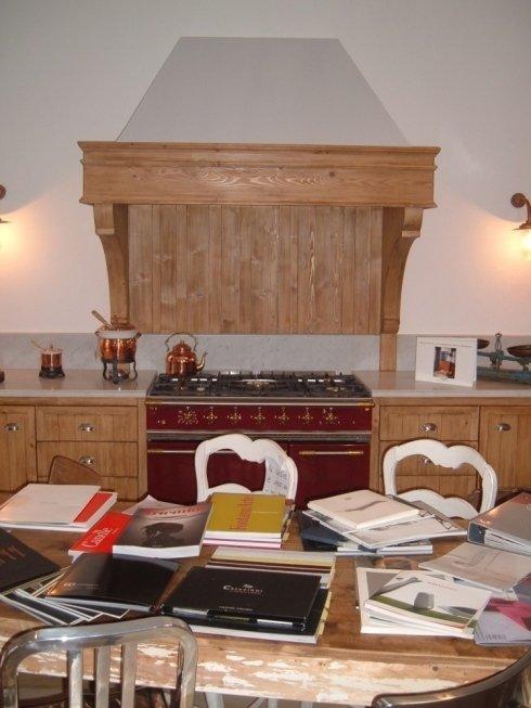 La falegnameria Agostini effettua servizio di restauro mobili