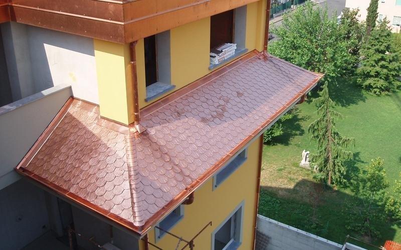 Tetti in tegola canadese monza brianza aura srl for Faelux srl finestra per tetti