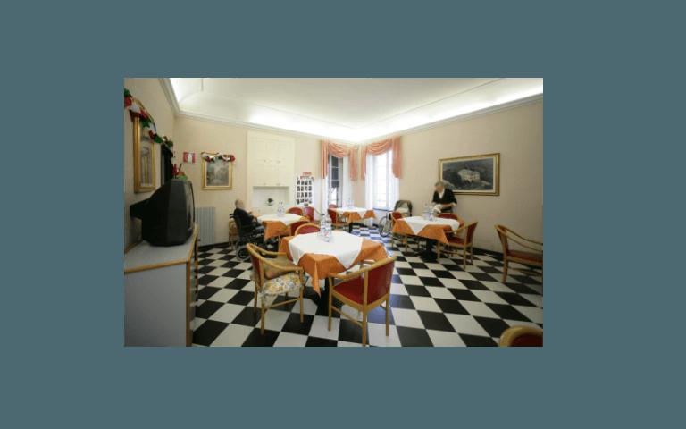 sala pranzo centro anziani