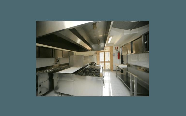 cucina centro anziani