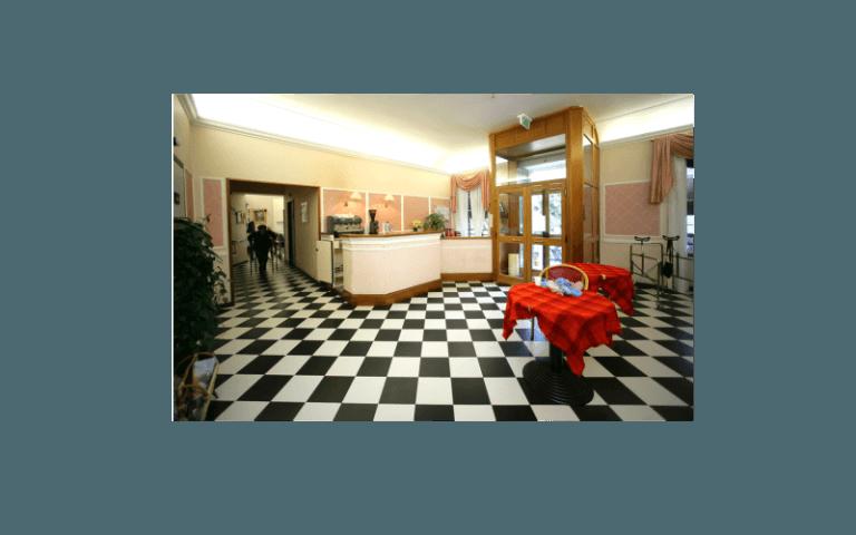 sala centro anziani