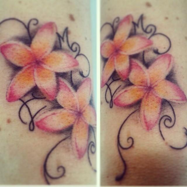 tatuaggio fiori