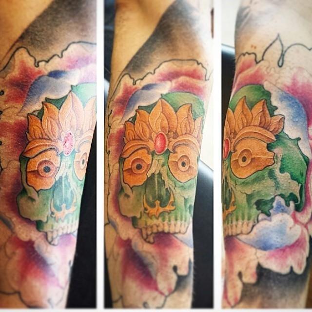 tatuaggio a forma lione