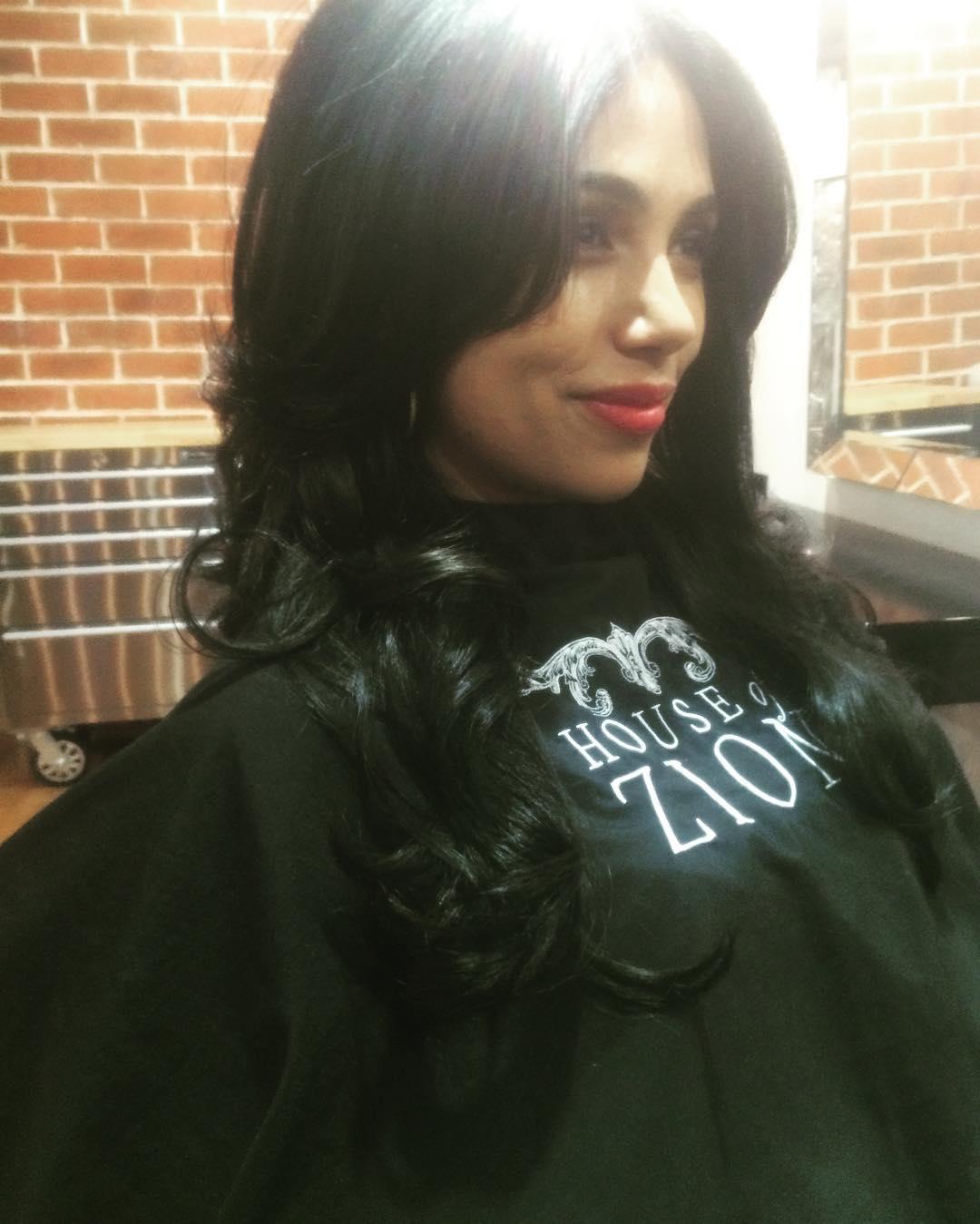 curled dark hair