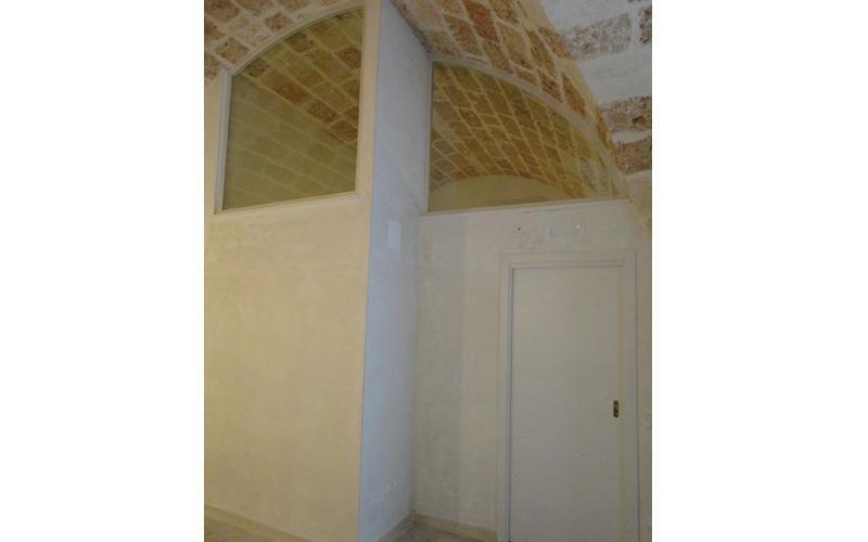 Finestrature sagomate con telaio in legno