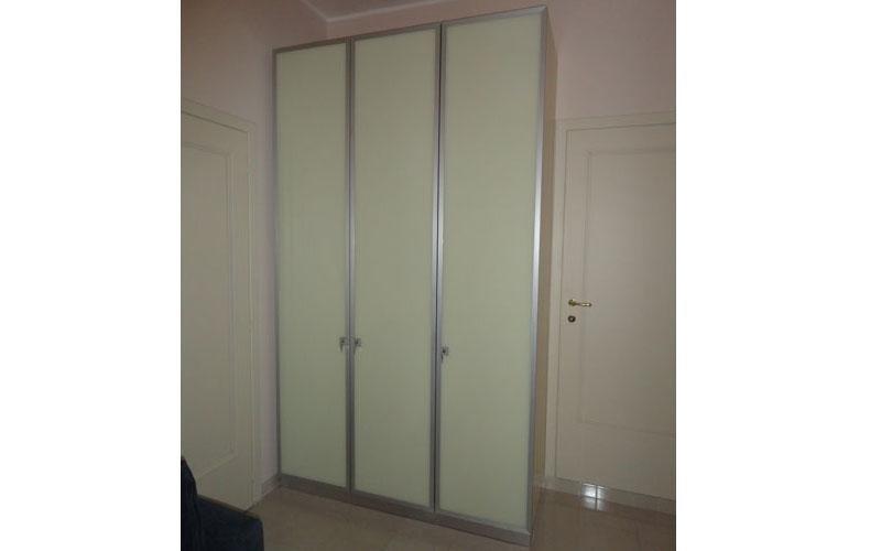Ante armadio in alluminio e vetro retrolaccato