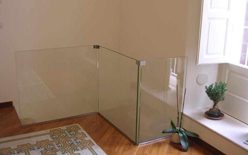 Parapetto in cristallo di sicurezza