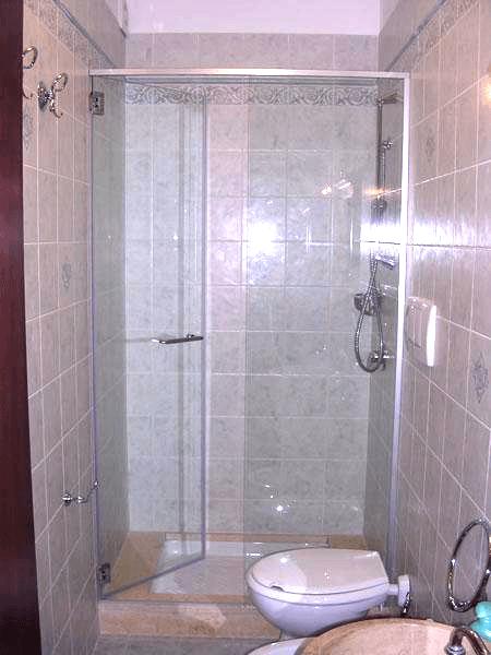 box doccia con apertura interna