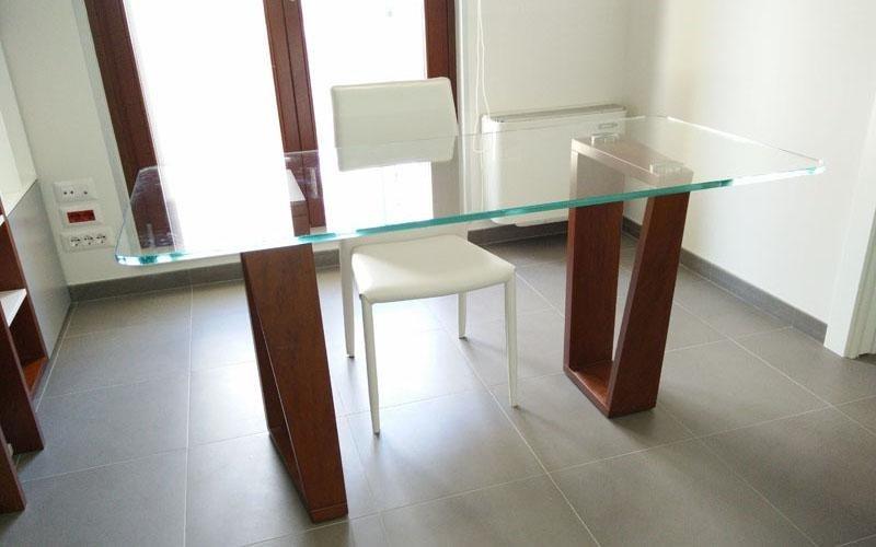 Tavolo in cristallo extrachiaro