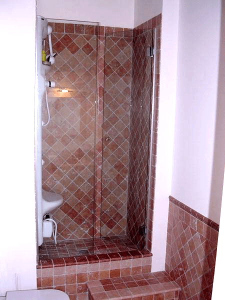 box doccia con portella in linea