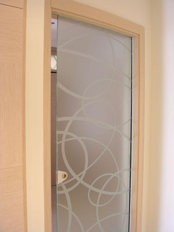 porta decorata a scomparsa