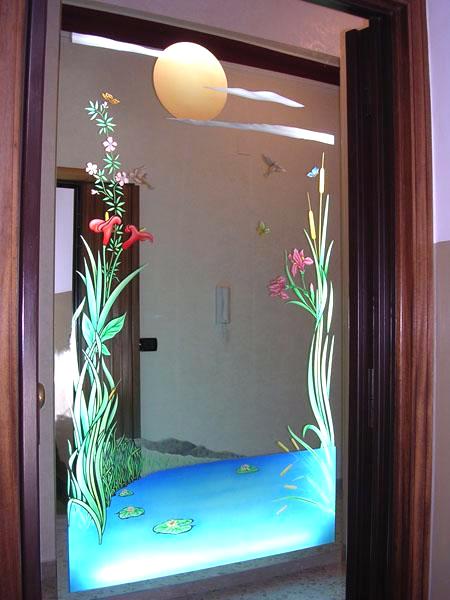 Specchiera da ingresso retrodecorata e illuminata
