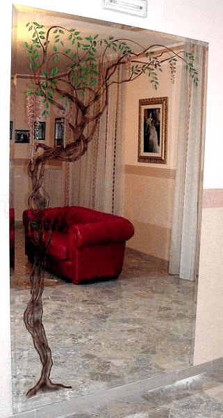 Specchiera a muro retrodecorata