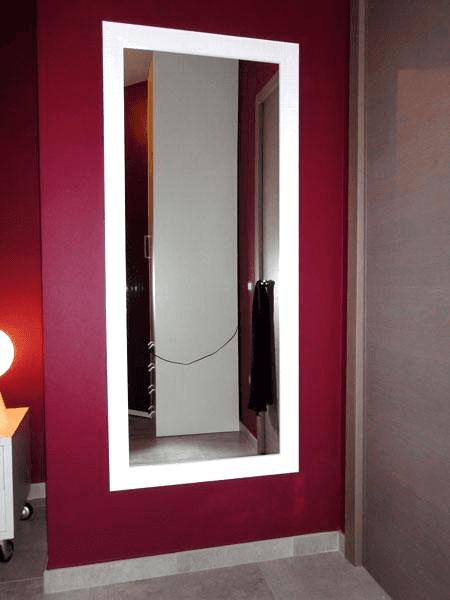 Specchiera con cornice in legno argentato