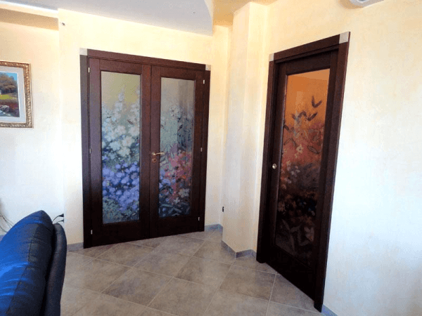 Stampe su vetri per porte interne