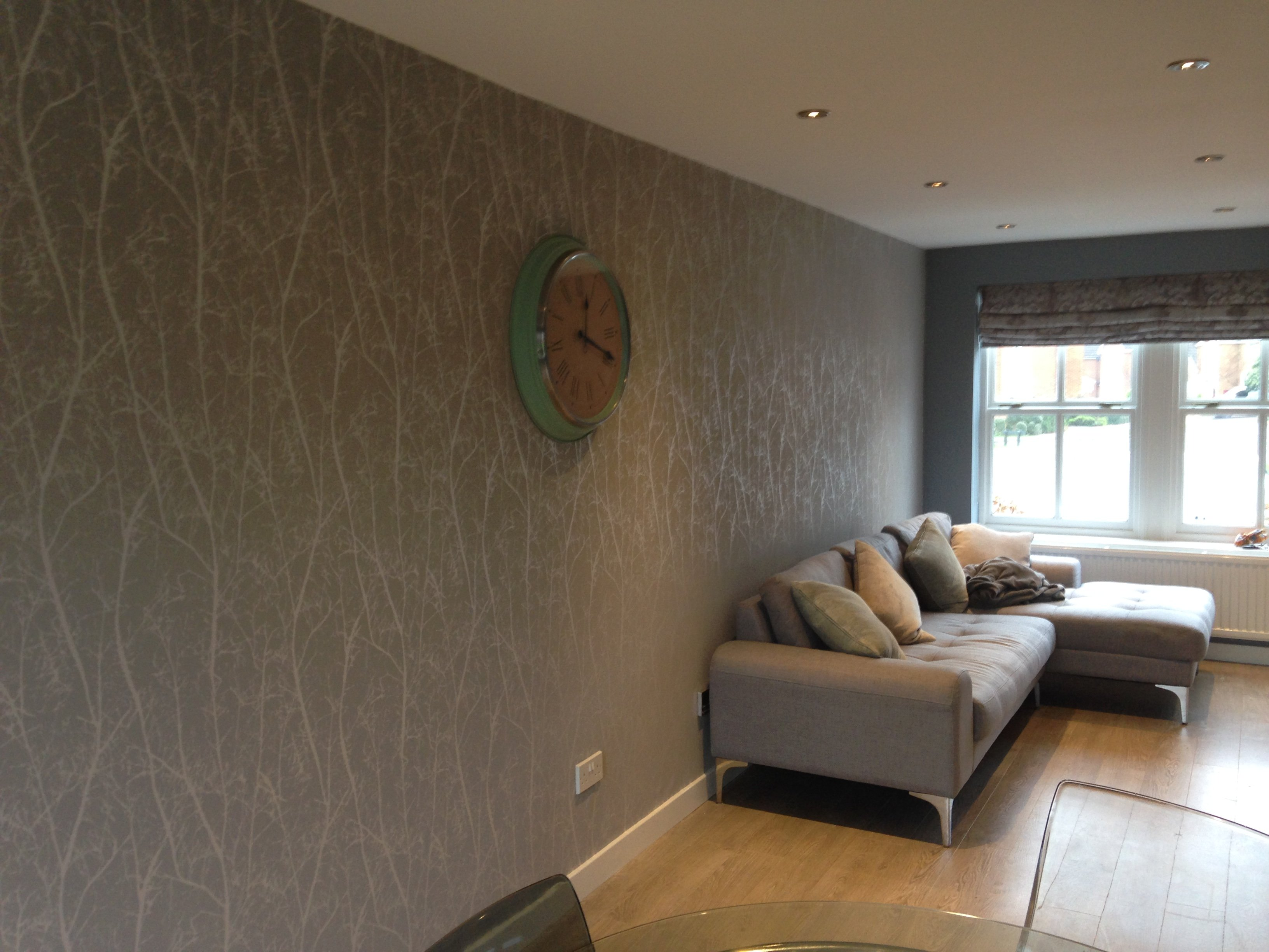 wallpapering, decorator, decorating, amersham
