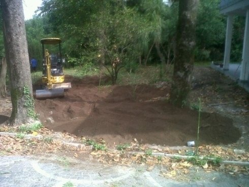giardino prima del nostro lavoro
