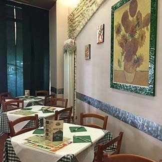 Sala interna pizzeria