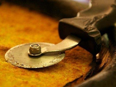 Oltre alle pizze tradizionali proponiamo pizze bianche e focacce ripiene.