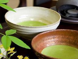 Green tea made from matcha green tea powder