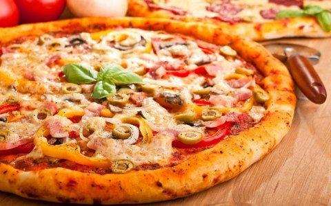 pizzeria con forno a legna Novara