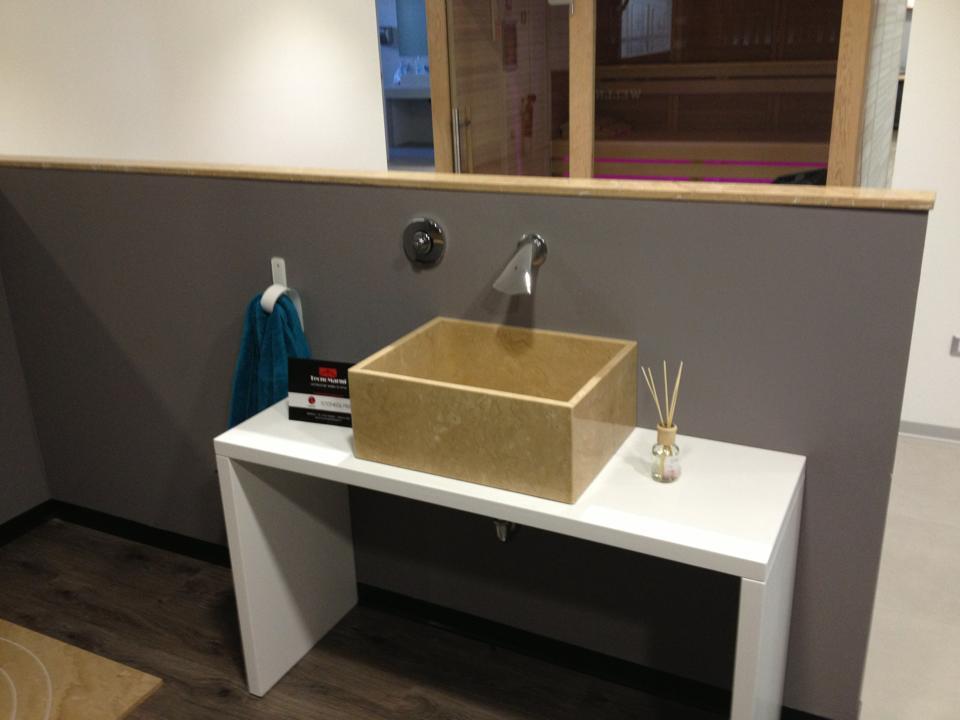 lavorazione in marmo per il bagno