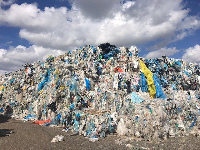 granello di plastica riciclata
