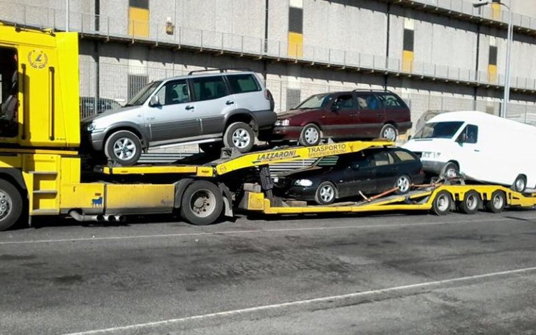 trasporto macchine