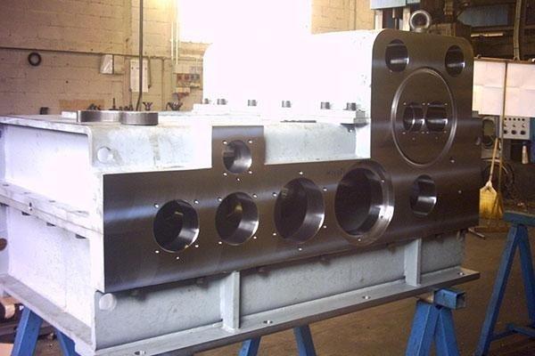 lavorazione basamenti metallici