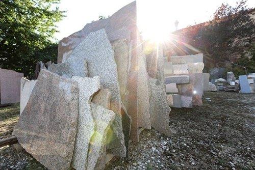 lastre di pietra