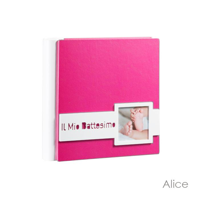 Alice Model. Leatherette albums with plexiglass application and laminated photos. Available in the 30x30 and 33x33 formats Olimp Album
