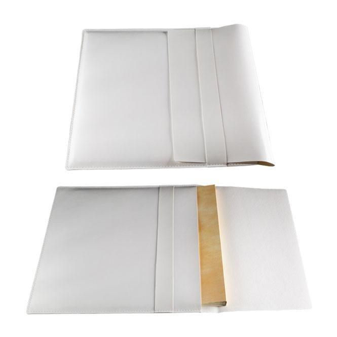 Olimp Album Baby Pouch. Leatherette pouch for 20x30, 22,5x30, 24x30, 30x30, 33x33 albums, in white