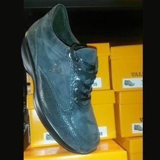 Sneakers alte donna, Scandicci, Firenze