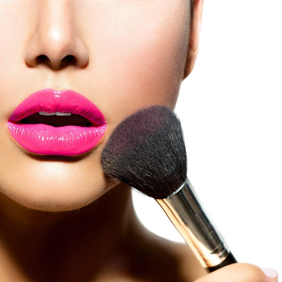pink lips and powder brush
