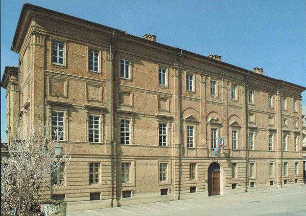 Palazzo Grosso a Riva Presso Chieri