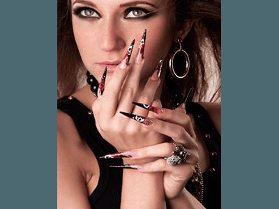 micropittura su unghie ge