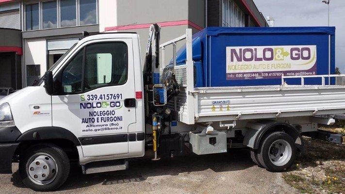 Camionetta della compagnia Nolo&Go