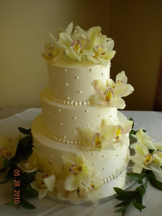 All Cakes finished with Swiss Meringue Buttercream