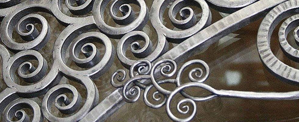 Creazione ringhiere di ferro
