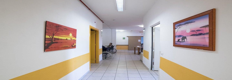 corridoio di una casa di riposo