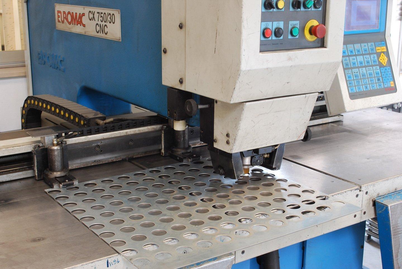 macchina punzonatrice Euromac CX 750/30 CNC
