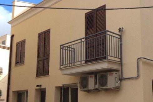 Infissi e balcone