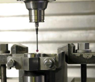 torneria meccanica, lavorazione dei metalli, filettatura